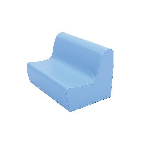 Sitzbank aus Schaumstoff hellblau