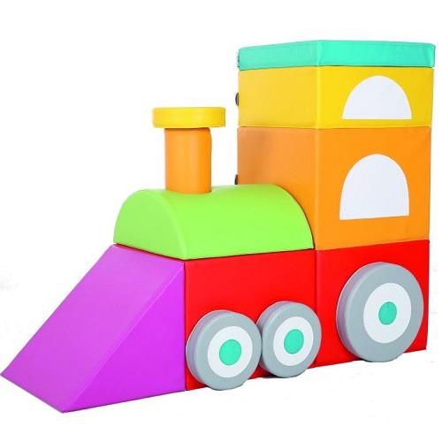 Lokomotive aus Schaumstoff