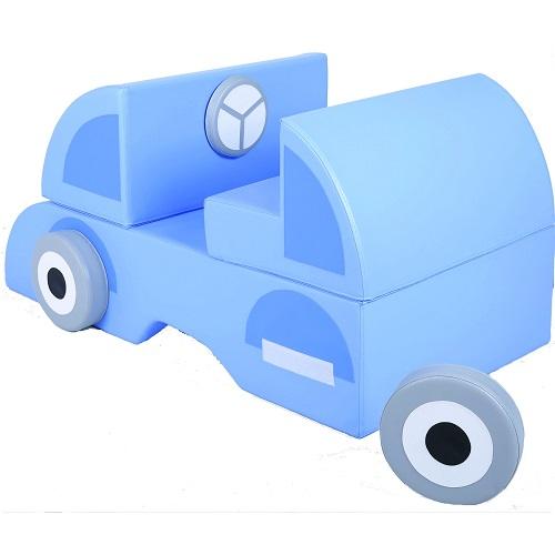 Auto aus Schaumstoff