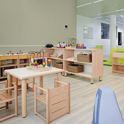 Tisch Gonzagarredi Montessori